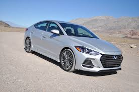 2017 hyundai elantra sport first drive close encounter of a