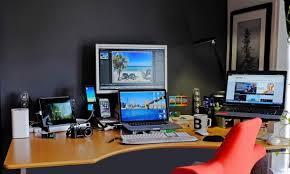Programmer Desk Setup Macbook Pro Standing Desk Setup Workstation Setup Pinterest