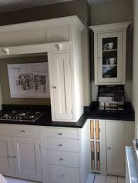 neptune kitchen furniture neptune suffolk kitchen with esse ec4i electric cooker in