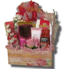 wedding anniversary gift baskets