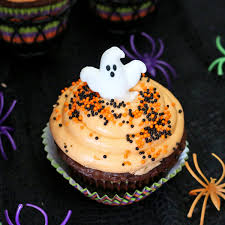 Halloween Cupcakes And Cakes by Halloween Cupcakes