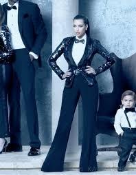 kardashian family christmas card kristmas 2011 nick saglimbeni 3d