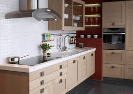 Kitchen With Cream Cabinets by Kitchen Backsplash Ideas With Cream Cabinets Subway Tile
