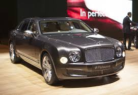 new bentley mulsanne bentley mulsanne debuts at new york motor show extravaganzi