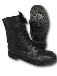 buy boots uk best 25 army surplus boots ideas on army surplus