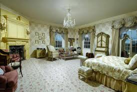 living room in mansion you have to see the first mansion donald trump ever owned glamour