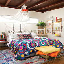 beautiful boho bedroom decorating ideas and photos boho bedroom with colorful quilt