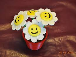 Smiley Flowers - smiley face flowers and flower pot by tc fea thingiverse