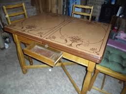 Kitchen Tables Polyurethane Best Finish For A Vintage Kitchen Tables All Home