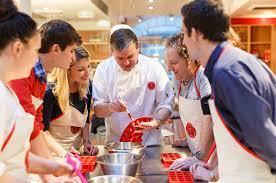 cours de cuisine à bordeaux cours de pâtisserie et de desserts français à l atelier des chefs