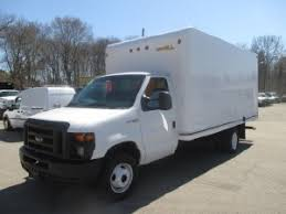 ford e series box truck ford box truck trucks for sale in massachusetts 18
