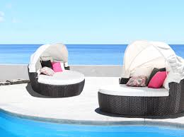 5 reasons why you should purchase patio furniture before summer