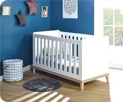 chambre bébé bois naturel lit de bebe en bois lit bacbac petipeton acvolutif en lit enfant
