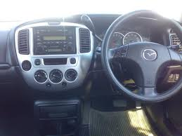 2004 mazda tribute images