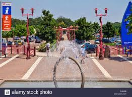 Hotel Aire Autoroute Decorative Fountain Aire De Beaune Tailly Brioche Doree Autogrill