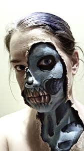 Creepy Makeup Halloween Skull Makeup For Halloween Ripped Skin Manaart Face And Body
