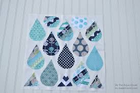 raindrop pillow tutorial a great project for spring make it