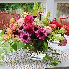 Floral Arrangement 10 Garden Fresh Flower Arrangements From Your Backyard