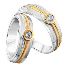 orori jewellery how to choose the right wedding ring by orori bridestory