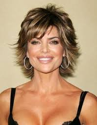 shag hairstyle for fine hair and round face short layered shag with razor cut ends recortes de cabello