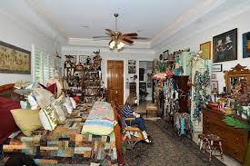 Tacky Home Decor | hall of shame tacky décor ugly house photos