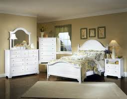 bassett bedroom furniture cottage snow white bedroom set vaughan bassett furniture