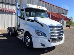 truckpaper com 2018 freightliner cascadia 126 for sale