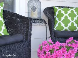 Diy Patio Cushions Diy Experiment Use Regular Spray Paint On Outdoor Cushions 11