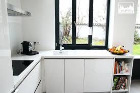 cuisine veranda photos a modern kitchen in a veranda clav0054a agence mayday clav0054