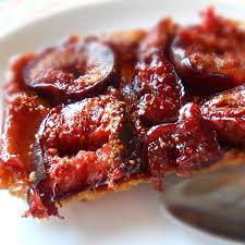 cuisiner des figues fraiches recette tarte tatin de figues fraîches magazine omnicuiseur