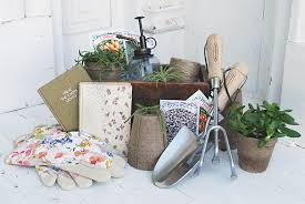 Garden Gift Ideas Gardener S Gift Basket The Merrythought