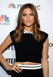 Kristin Chenoweth And Allison Williams by Rate Allison Williams Out Of 10 Check Hook Boxing