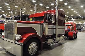 2016 kenworth calendar photos pride u0026 polish show trucks shine at 2016 great american