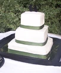 green ribbon wedding cake