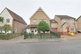 2 Bedroom House Basildon 3 Bedroom Houses For Sale In Laindon Basildon Essex Rightmove