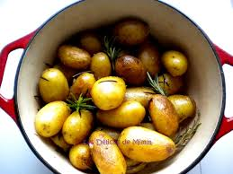 comment cuisiner les pommes de terre grenaille cocotte de pommes de terre grenailles au romarin les délices de mimm
