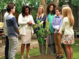 Interacial Lesbians - abc family s the fosters airs youngest ever gay kiss between two