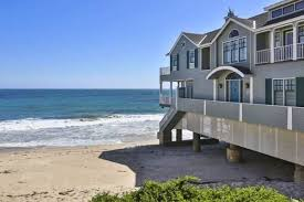 erosion be damned malibu beachtop house lists for 8m curbed
