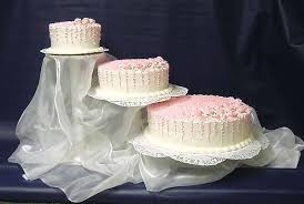 how much is a wedding cake wedding cakes how much is a three tier wedding cake toppers