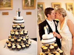 sarah and roger u0027s stylish brisbane wedding polka dot bride