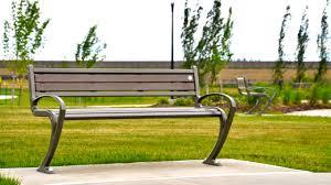 tenaj park bench wishbone site furnishings