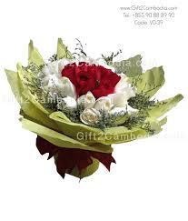 2 dozen roses mixed 2 dozen roses bouquet vd 39 gift2cambodia