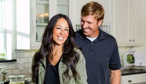 chip and joanna gaines tour schedule chip and joanna gaines headed for a split fixer upper stars