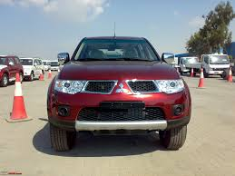 mitsubishi triton 2005 new mitsubishi pajero sport update price reduced to 22 56 lakh