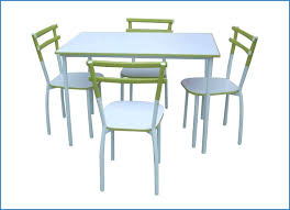 table et chaises de cuisine design design d intérieur chaises de cuisine modernes but 7563 table