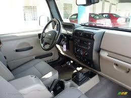 khaki interior 2004 jeep wrangler sahara 4x4 photo 46206131