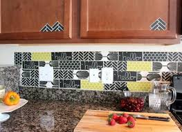 temporary kitchen backsplash backsplash for rental kitchen apartment kitchen ideas 9