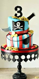 Pirate Themed Home Decor by Best 25 Pirate Cakes Ideas That You Will Like On Pinterest