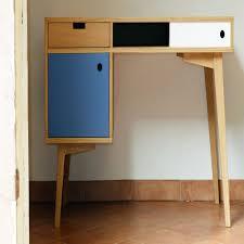 le de bureau design pas cher le plus confortable armoire de bureau design academiaghcr