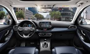 explore the hyundai i30 from 16 995 i30 reviews hyundai uk